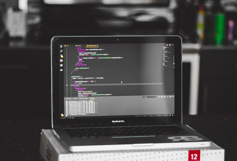 Pourquoi utiliser TypeScript plutôt que JavaScript ?